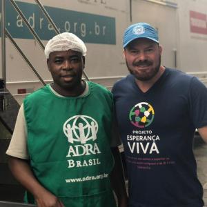 Em maio de 2019, voluntários de Rio Grande foram à Porto Alegre ajudar no início da formação do restaurante popular no Ginasio Tesourinha com a carreta da ADRA.