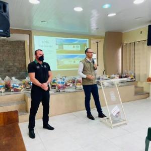 Em abril de 2021 os voluntários da ADRA em Rio Grande fizeram o cadastramento e a distribuição de cestas básicas no bairro carente Atlântico Sul, nas vésperas da inauguração do núcleo.
