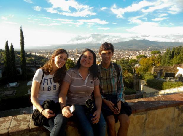 Karin, Rafaela y Bruno. Voluntarios de la división sudamericanos en Italia
