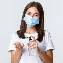 mulher-mascara-alcool-impacto-2021-468x468
