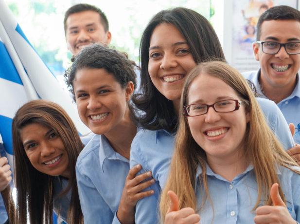 Voluntários do projeto Um Ano em Missão