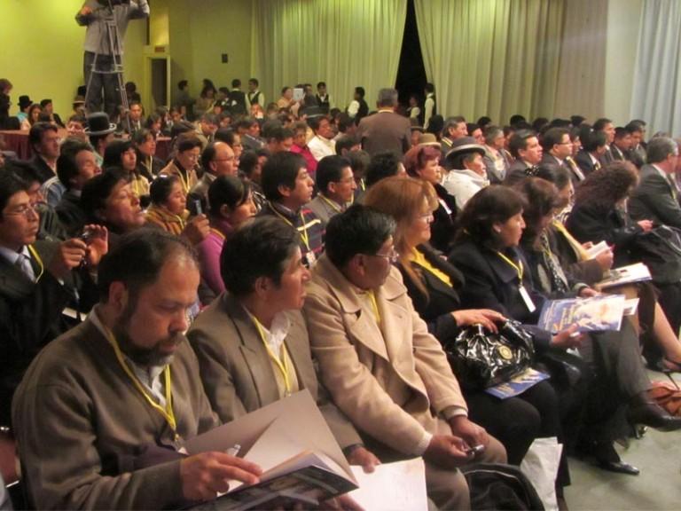 Líderes adventistas, en Bolivia, se capacitándose para Semana Santa