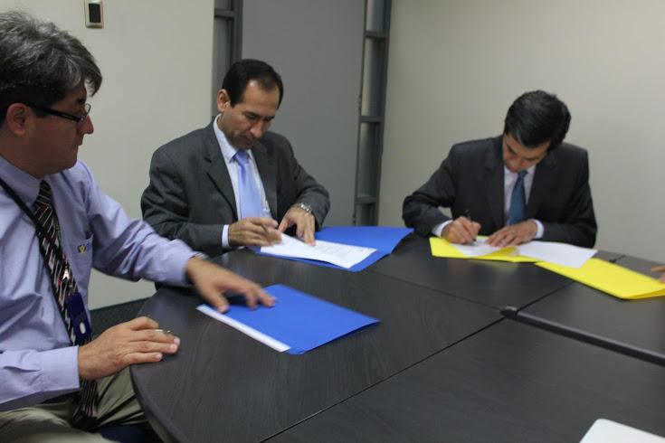 Directivos de la Red Nuevo Tiempo, Brasil, junto al director de Nuevo Tiempo, Perú.