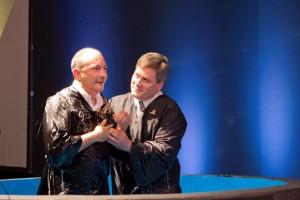 La-decisión-de-bautizarme-tiene-que-ver-con-el-profundo-estudio-de-la-Biblia