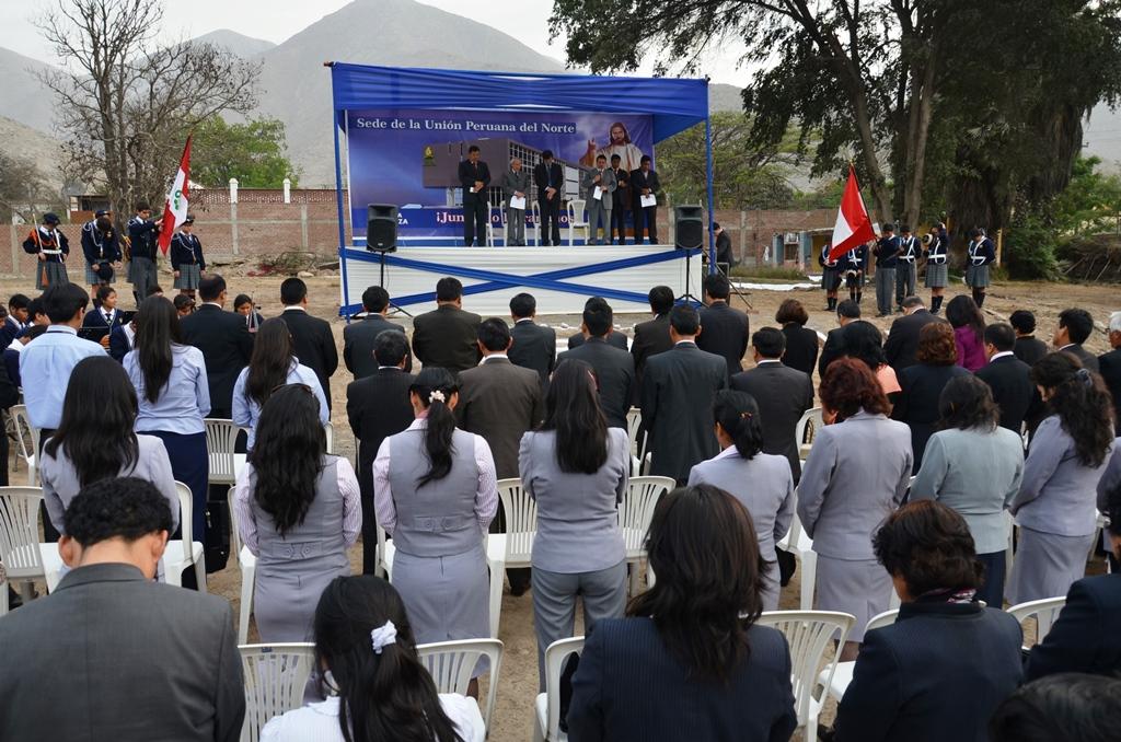 Construcción de la sede adventista en el norte del Perú inicia con acción de gracias