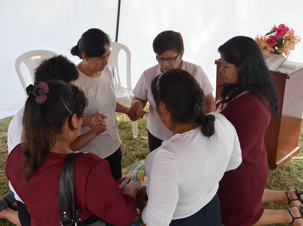 Devocion y compromiso en el norte del Peru por los 10 días de oracion
