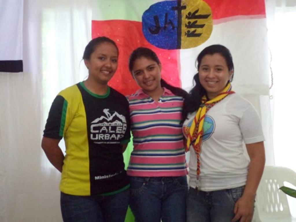 Ecuador: jóvenes adventistas fortalecen su liderazgo, en convención  Noticias