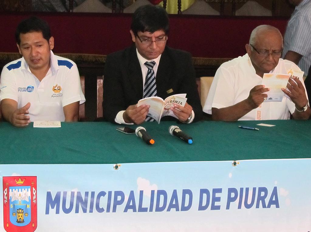 Autoridades de Piura reciben La Única Esperanza en el marco de la Semana del medio ambiente