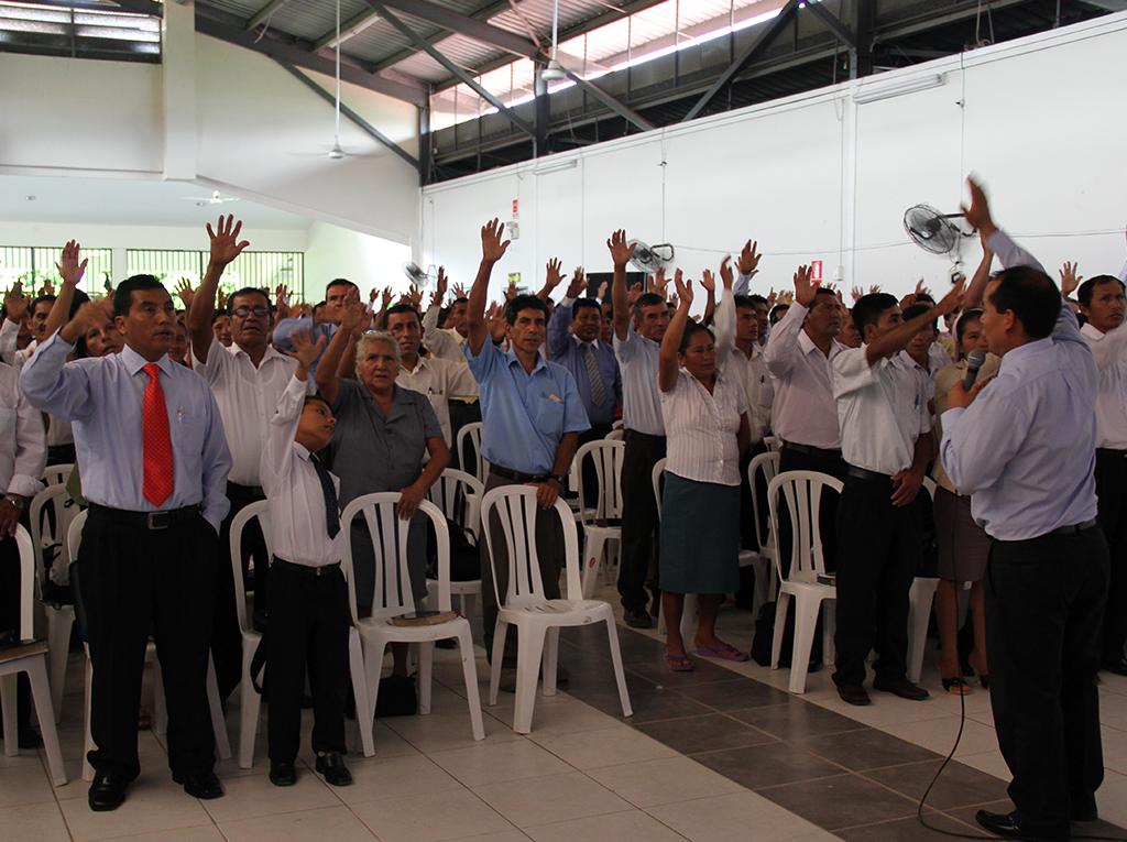 Concilio fortalece relación entre ancianos de iglesia y sus esposas
