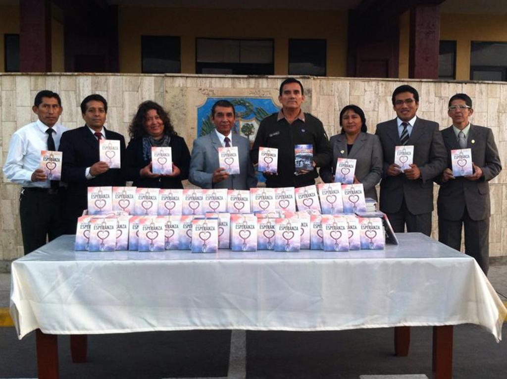 Alumnos y Militares del histórico colegio militar Leoncio Prado en Perú reciben La Única Esperanza