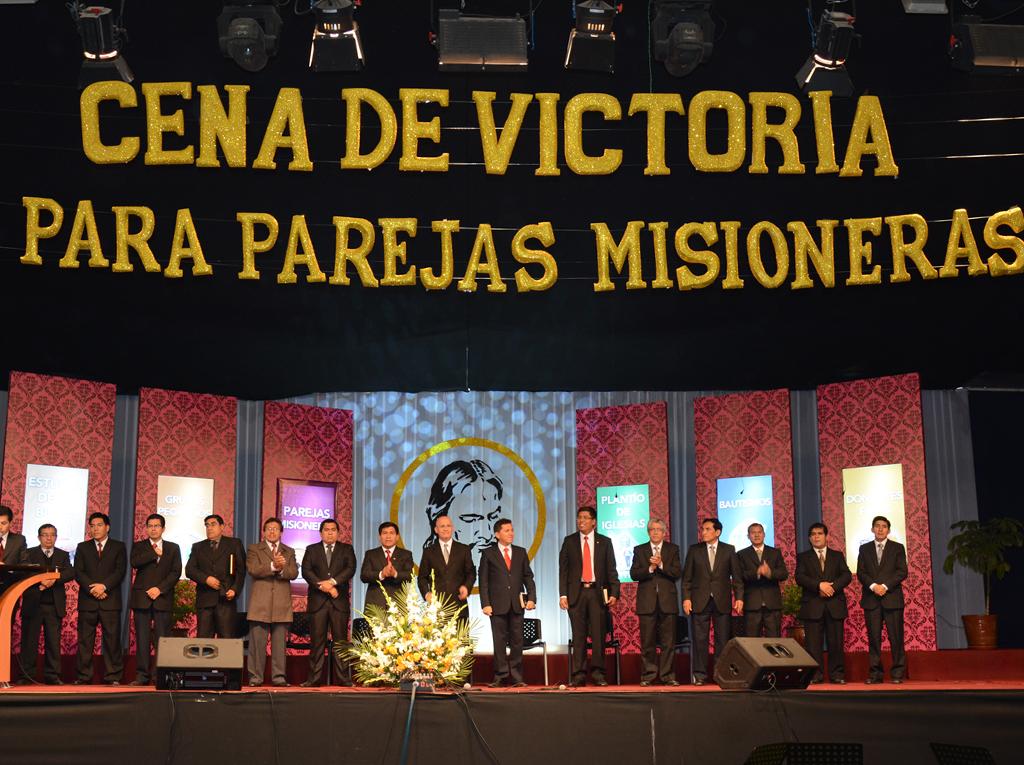 """Parejas Misioneras de la Iglesia Adventista fueron reconocidas en """"Cena de la Victoria"""""""
