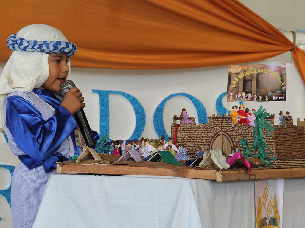 Maquetas bíblicas son elaboradas por estudiantes adventistas en el norte del Perú