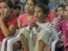 Con el apoyo de UNICEF ADRA Paraguay está proporcionando apoyo psicosocial a 500 niños en la ciudad de Asunción, Paraguay.