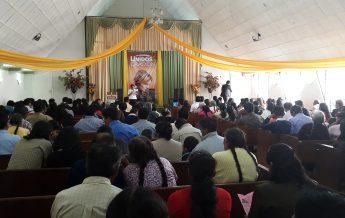 """Miembros de la Iglesia Central de Cochabamba en los """"10 Días de Oración"""""""