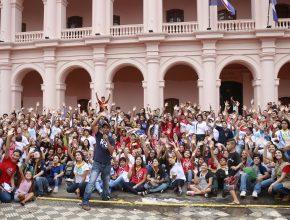 Cerca de dos mil jóvenes participaron del Global Youth Day en Paraguay.