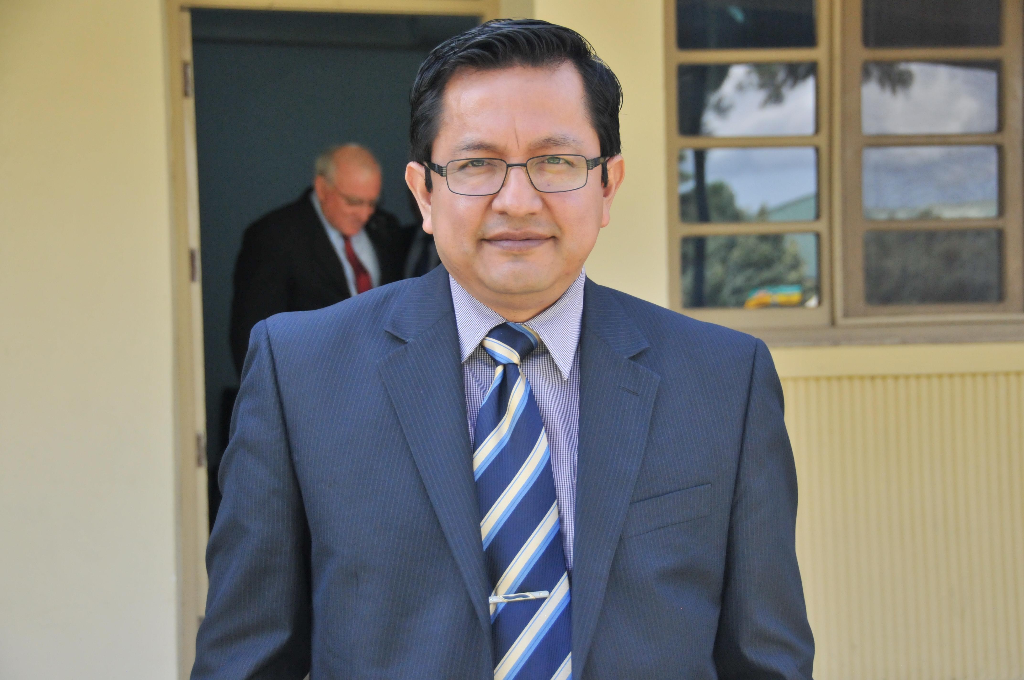 Dr. Adolfo Suárez