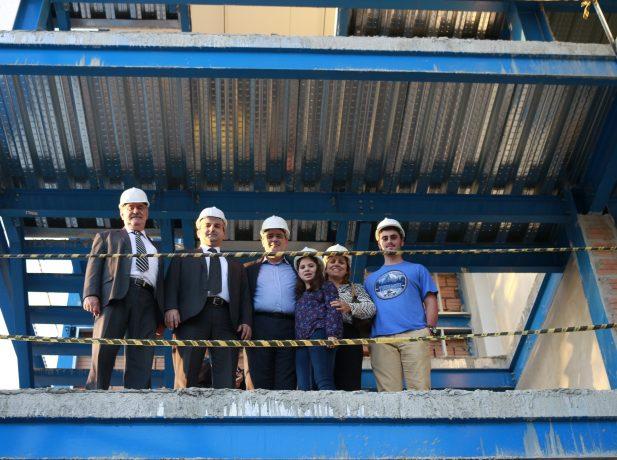 El pastor Köhler y su familia visitan las instalaciones de la nueva sede de la Unión Paraguaya acompañados del presidente y del tesorero de la misma, pastor Ignacio Kalbermatter y Paulo Fabricio.