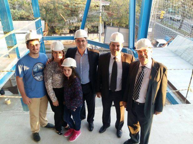 Köhler y su familia junto a los líderes de la Iglesia en Paraguay visitaron las nuevas construcciones adventista en el país.