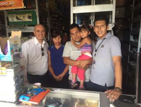 Familia Velasquez. Colaboradores con la Radio en Tarija