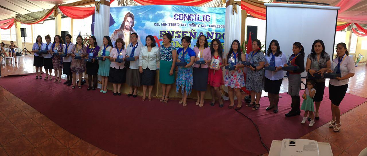 concilio-del-ministerio-del-menor-y-adolescente-reune-a-250-maestrosas-2