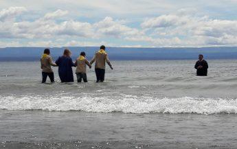 Bautismo en lago Buenos Aires