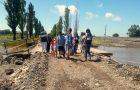 Voluntarios asisten a comunidad tras el desastre en Santa Fe