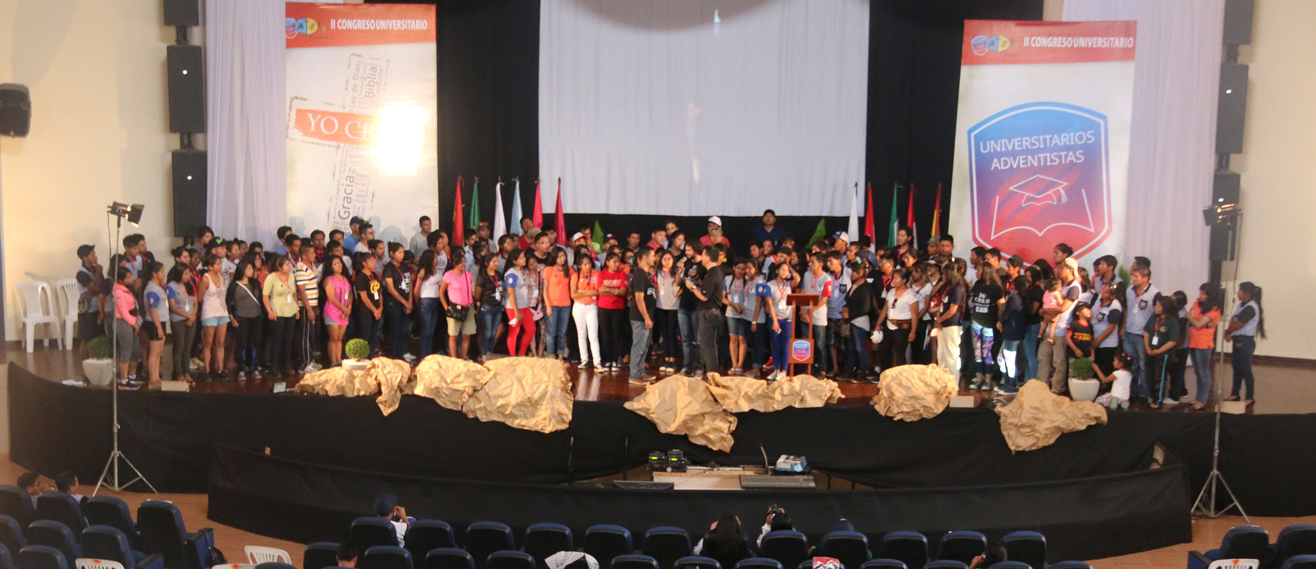 Estudiantes Universitarios Adventistas de la UB respondiendo al llamado de servir como voluntarios