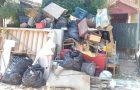 Jóvenes adventistas reparan casa de dos hermanos que se quedan sin padre