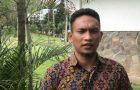 Misteriosa luz asusta a muchedumbre enojada en Indonesia