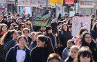 Marcha en Día Sin Fumar captura atención de transeúntes y medios de prensa