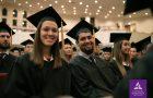 Doscientos cincuenta graduados y sus familias alcanzaron la meta