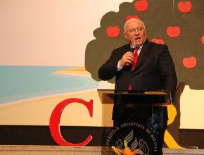 Pr. Bruno Raso en el I Encuentro de Coordinadores GP de la Iglesia en Bolivia