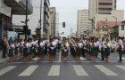 Guayaquil se engalana con el desfile del Club de Conquistadores