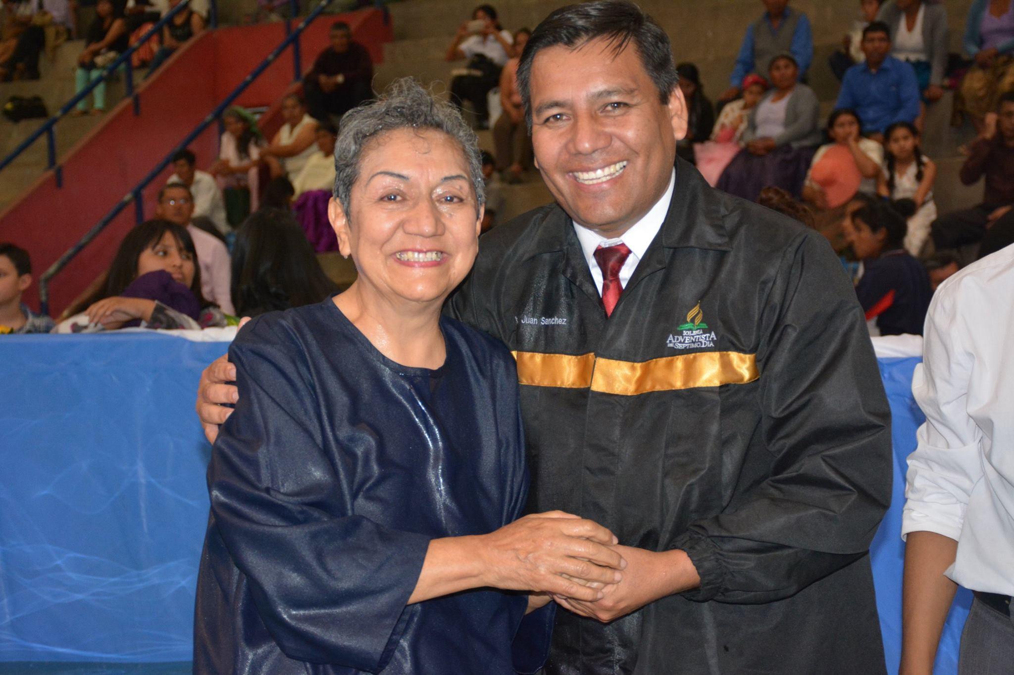 Bautizo de Rosamary en la caravana Nuevo Tiempo - El poder de la Esperanza (Foto: MCB)