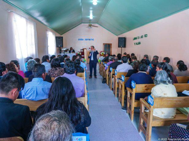 Más de 300 hermanos y visitas siendo parte de La Unida en la IASD de Moquella.