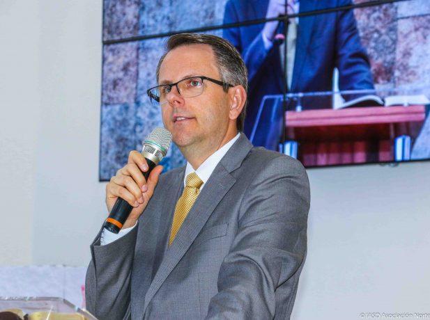 Pr. Herbert Boger Director del Ministerio Personal y ASA de la División Sudamericana