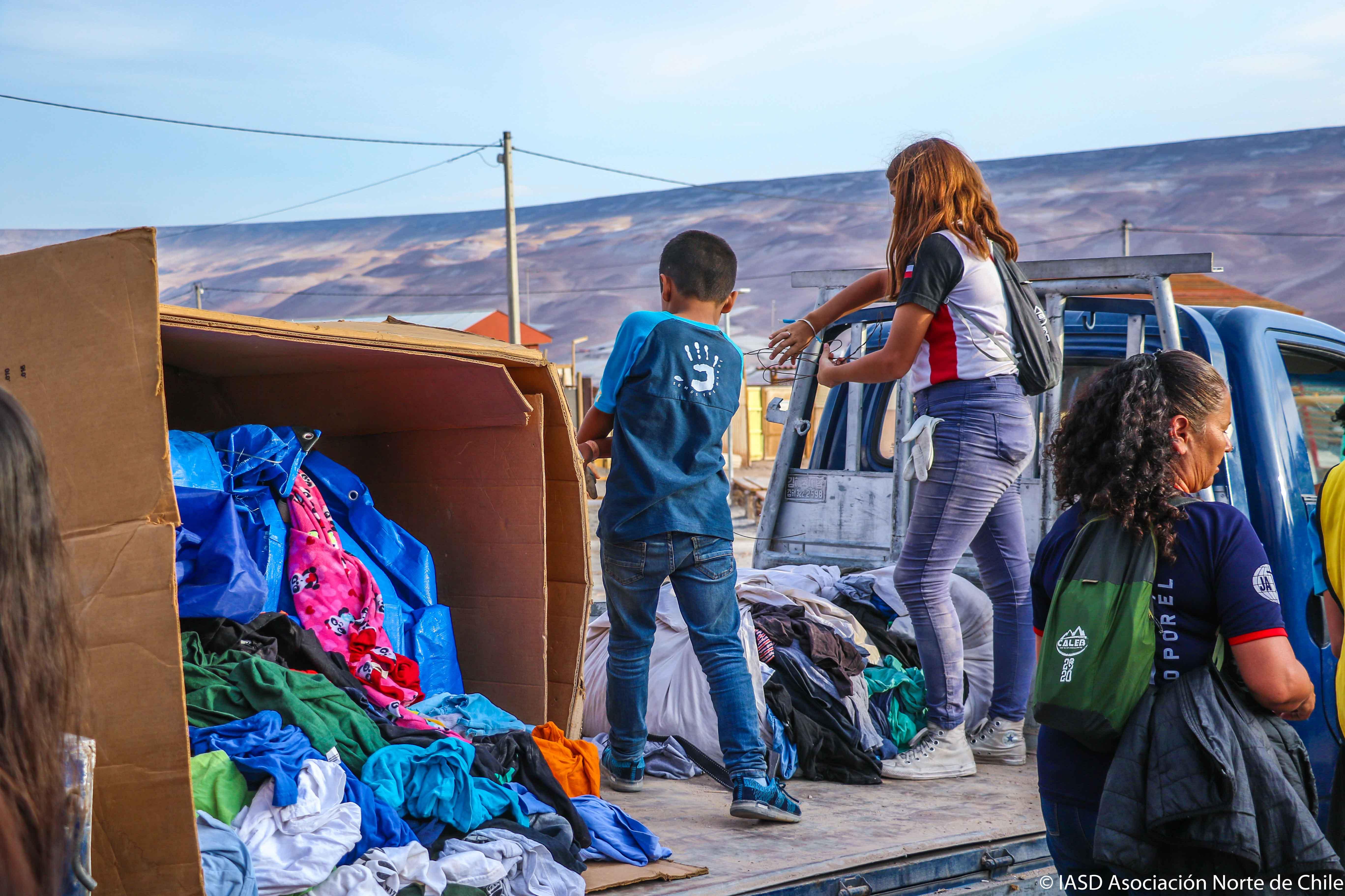 Ayuda comunitaria en el sector de San Miguel