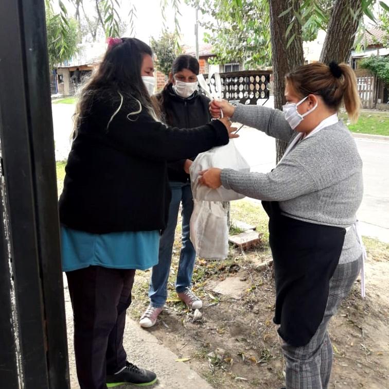 Cuarentena solidaria - Olga Maciel