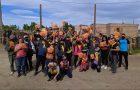 La Iglesia distribuye el libro «Esperanza para un mundo en crisis» en la Patagonia Argentina