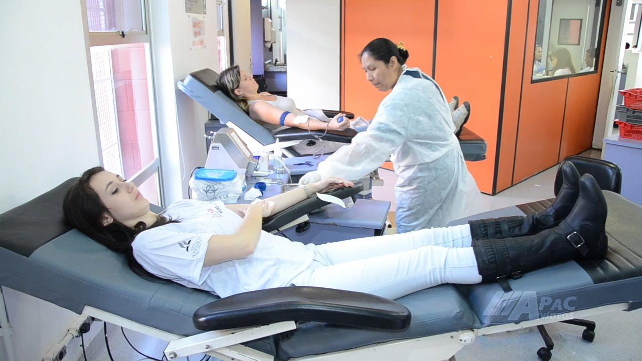 Aline de Fátima doou sangue pela primeira vez.