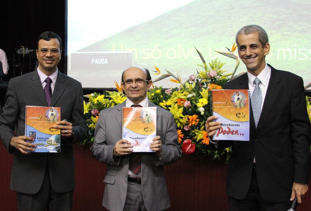 Educação Adventista incentiva busca pelo Espírito Santo em Salvador.