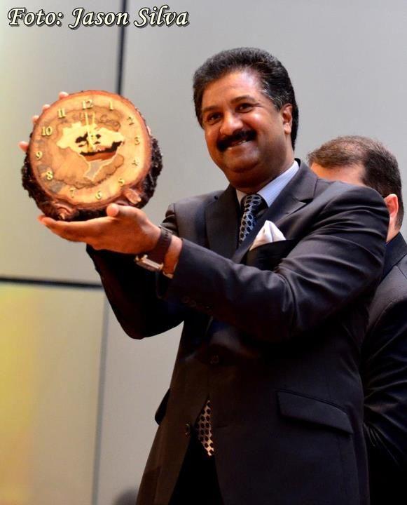 Líder mundial recebe típicos presentes da região sul-brasileira