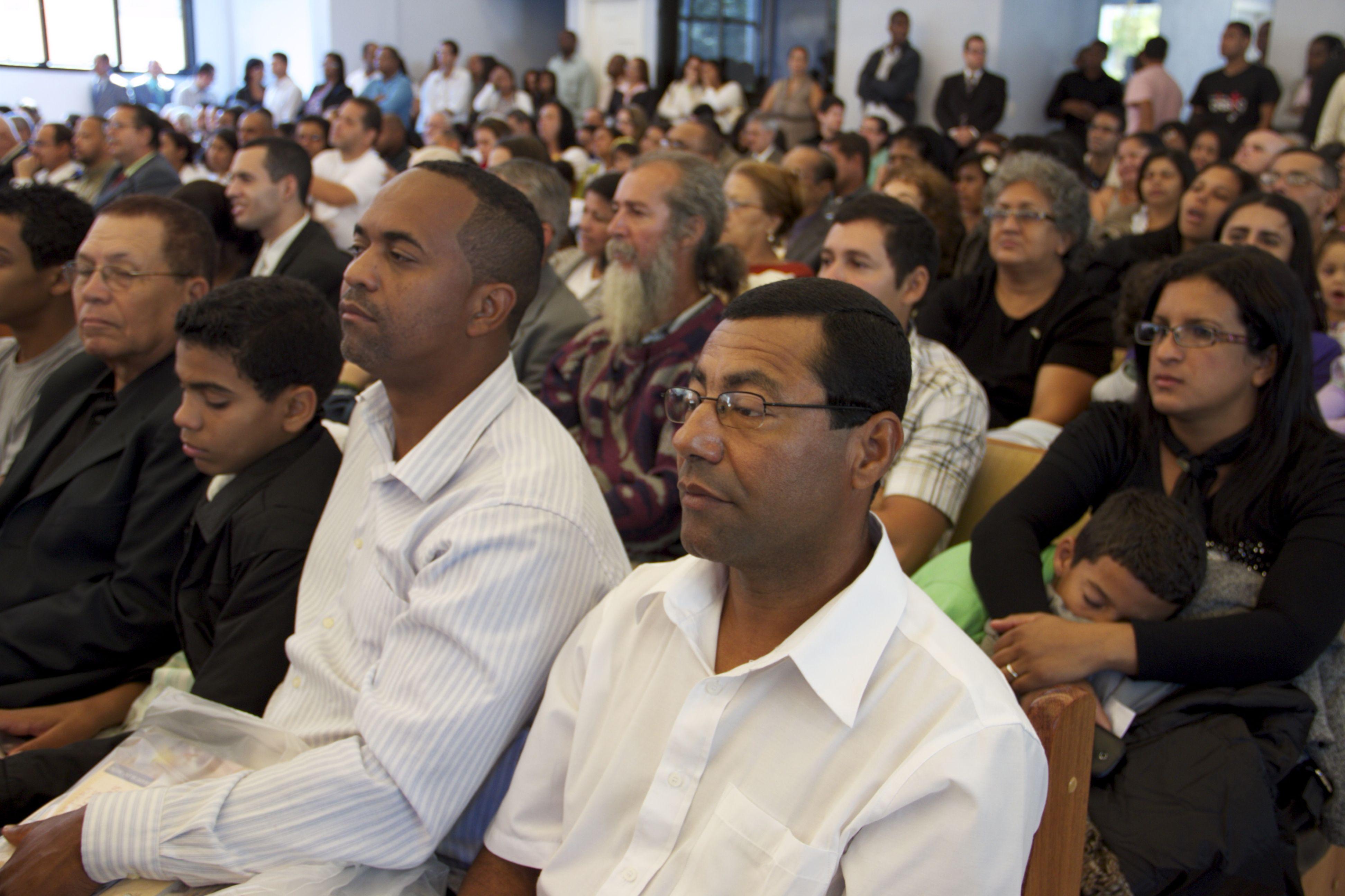 No evento houve, testemunhos, investiduras e decisões ao lado de Jesus.