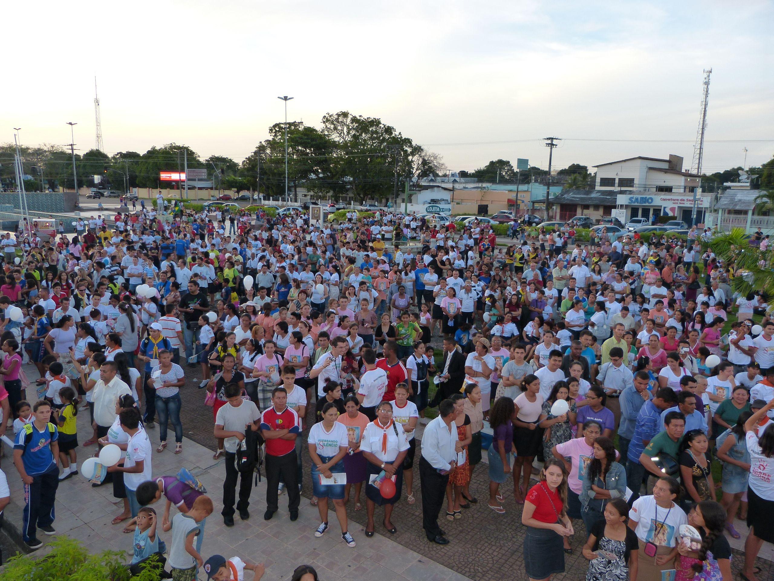 Autoridades da Igreja e do governo do estado de Roraima compareceram ao evento.