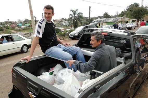 Adventistas mobilizaram ajuda rápida a moradores de Santa Bárbara do Sul.