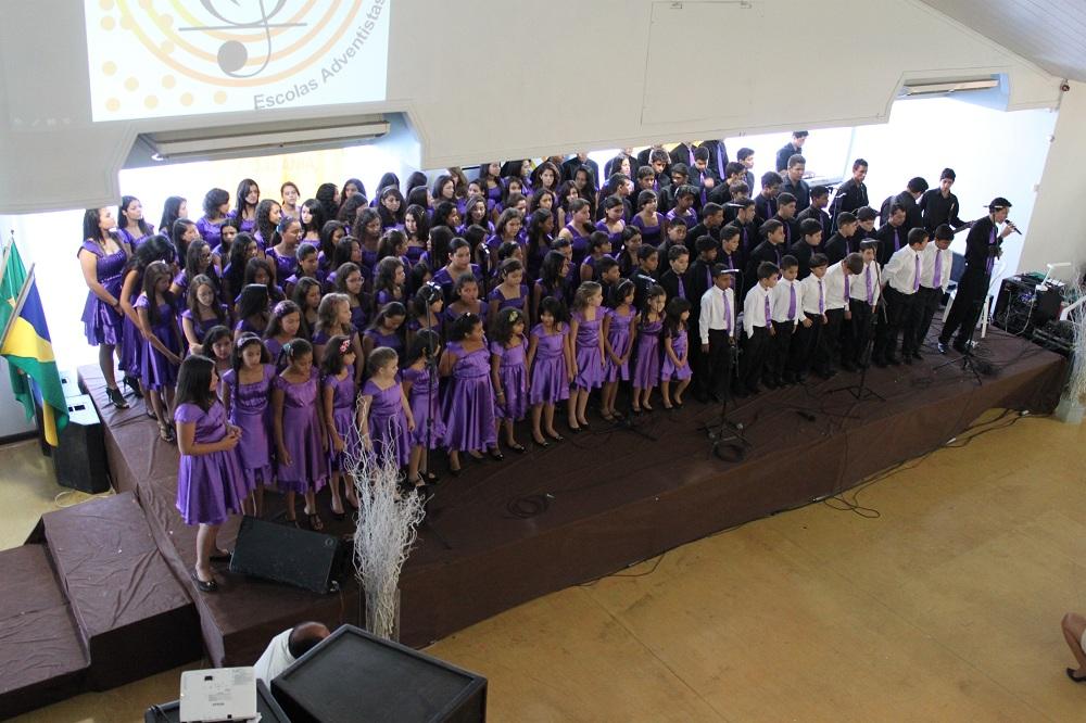 Cada escola preparou um recital com uma abordagem a respeito da Cidadania