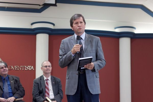 Livro de teólogo adventista passou pelo rigoroso crivo da SBB