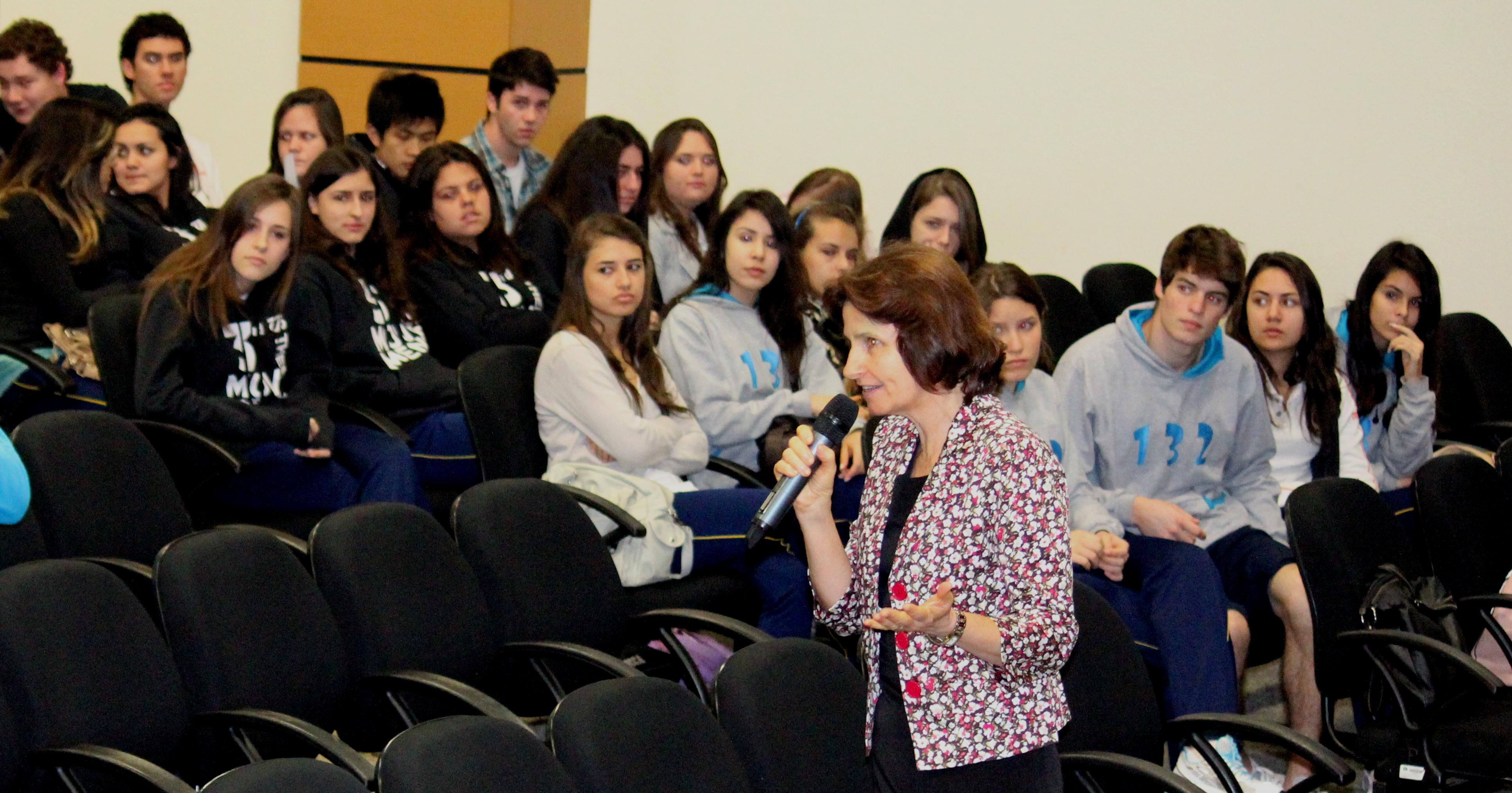 Aulas de cursos preparatórios foram ministradas aos alunos da rede adventista