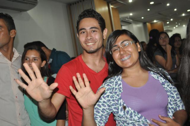 Os jovens que participam do projeto utilizam o período de férias no mês de janeiro para a realização das atividades.