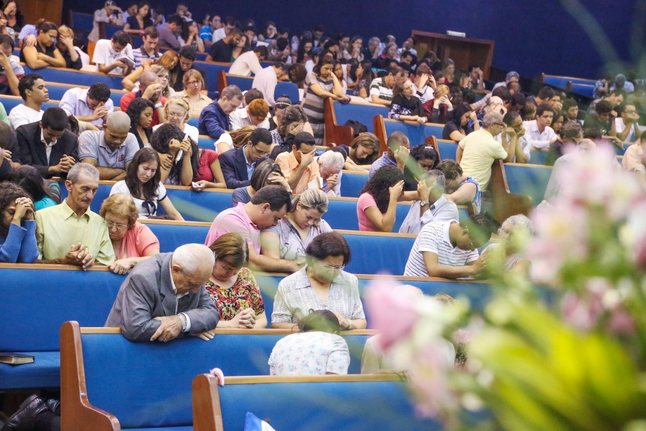 O evento incentivou a prática da oração e o estudo da Bíblia.